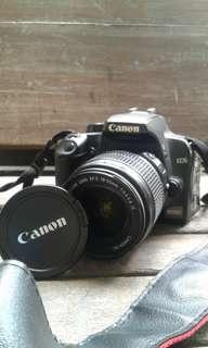 Camera Canon 1000D