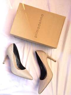 Beige stilletos from Primadonna