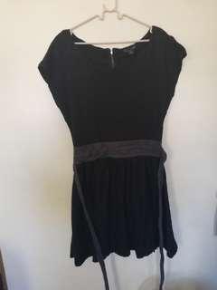 💕Forever21 black dress