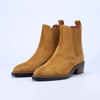 9.9NEW size 39 Coach boots