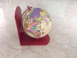 Vintage 1990s Globe in Mint Condition