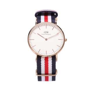 9.0NEW Daniel Wellington