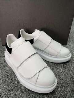 37.5 Alexander McQueen Sneakers