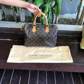 Louis Vuitton monogram speedy (SALE)