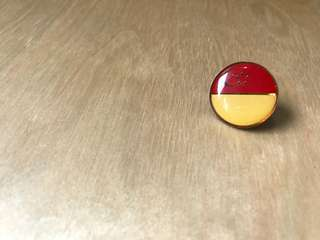 Singapore Flag Collar Pin Badge