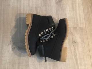 Black womens boots