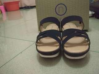 Sepatu Sandal Nevada Navy Blue Size 40