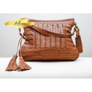RALPH LAUREN Crossbody bag with tassel (AUTHENTIC)