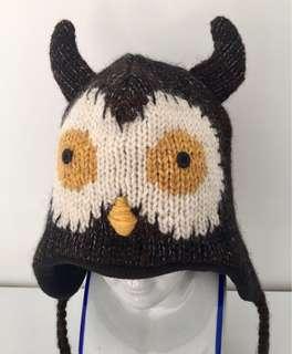Wool owl beanie