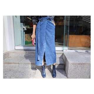 «Kimi Shop» ✈➜預購 前斜開岔造型牛仔長裙