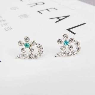 Korean style/Ulzzang Crystal D Earrings