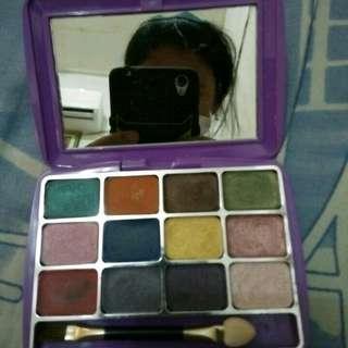 Mirabella Eyeshadow Kit / Eye shadow