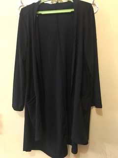 3/4 sleeved black blazer