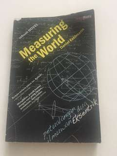 Buku novel Measuring the World by Daniel Kehlmann
