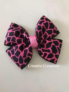 🧕🏼<Ready stock> Bow brooch/Hijab Pin/Hairclip