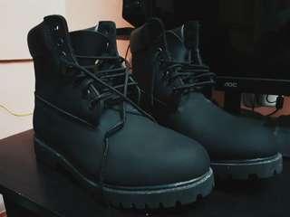 Timberland boots (Black Nubuck)
