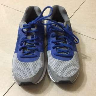 🚚 NIKE慢跑鞋US8.5