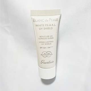Guerlain Blanc De Perle White PEARL UV Shield (Long Lasting UV Shield) SPF 50+ / PA++++ 10ml