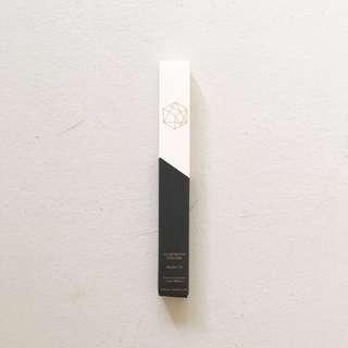 EM COSMETICS Illustrative Eyeliner Brush Tip