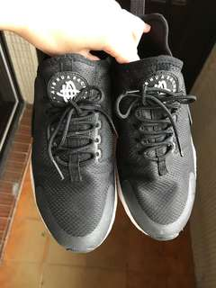 二手 黑武士二代 女鞋 24號 (23.5適穿)NIKE W AIR HUARACHE RUN ULTRA
