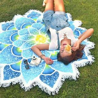 Beach Towel Flower Design