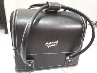 Masami Shouko Beauty Case Leather Black Size L