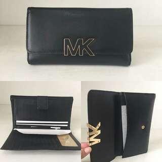 MK Florence 3 fold wallet black 19 x 10 x 2.5 cm 12 card-slots