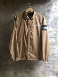 The north face coach jacket 外套