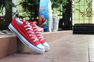 Converse CT low Red