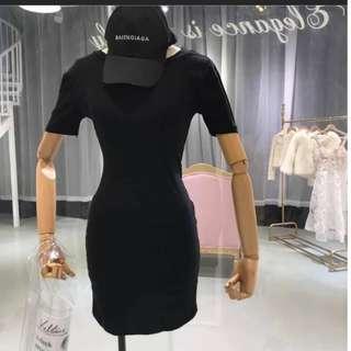 韓 素面圓領洋裝 兩色
