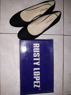 Rusty Lopez Black Shoes with Heels