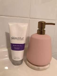 Skinstitut glycolic scrub