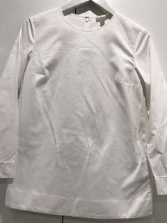 White long sleeves blouse with back detail