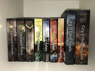Cassandra clare: The Mortal Instruments, The Infernal Devices
