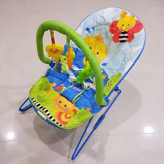 Fisher Price Soothe n' Play Bouncer w/ bar & motor