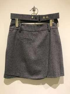灰色絨短裙( 附腰帶)