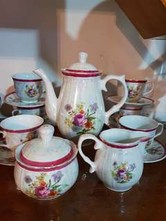 Prestige collection vintage tea set