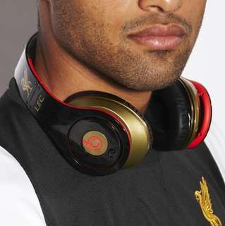 Beats By Dr Dre. Wired Headphones(Liverpool FC Special Edition)