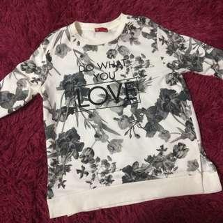Sweatshirt ( preloved )