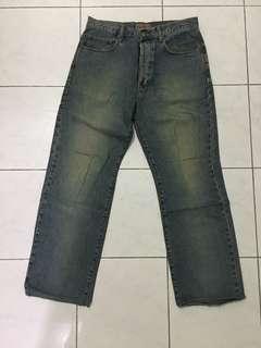 Preloved jeans chevignon cowok size 32