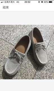 九成新休閒鞋