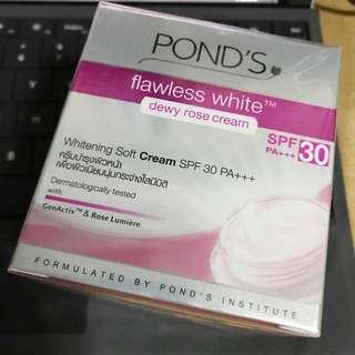 pond's spf 30 pa whitening soft cream