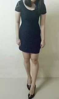 Black bodycon laces dress #letgo4raya