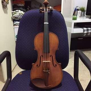 Guarneri Antique-style Violin
