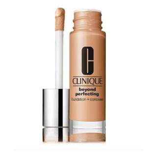 Clinique Beyond Perfecting Foundation + Concealer SPF19 / PA++