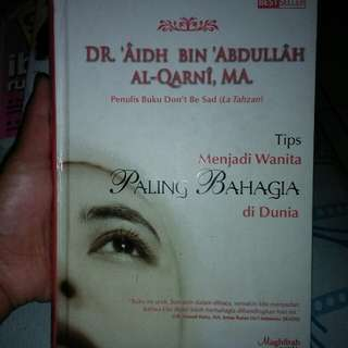 """Buku """"Menjadi wanita paling Bahagia"""""""