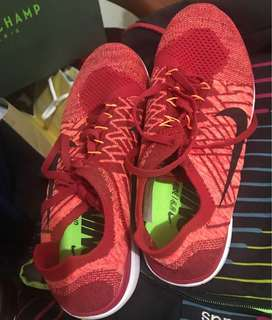Running shoes (replica)