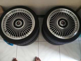 Selling 17s mags with tires contact me 09272554324