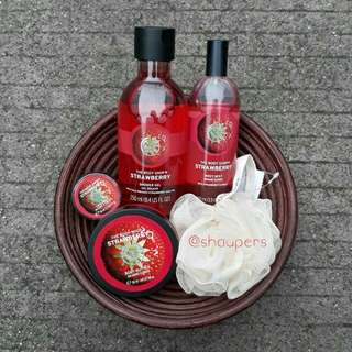 Strawberry Gift Set Bawn The Body Shop