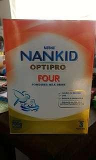 Nankid OptiPro 4 700g